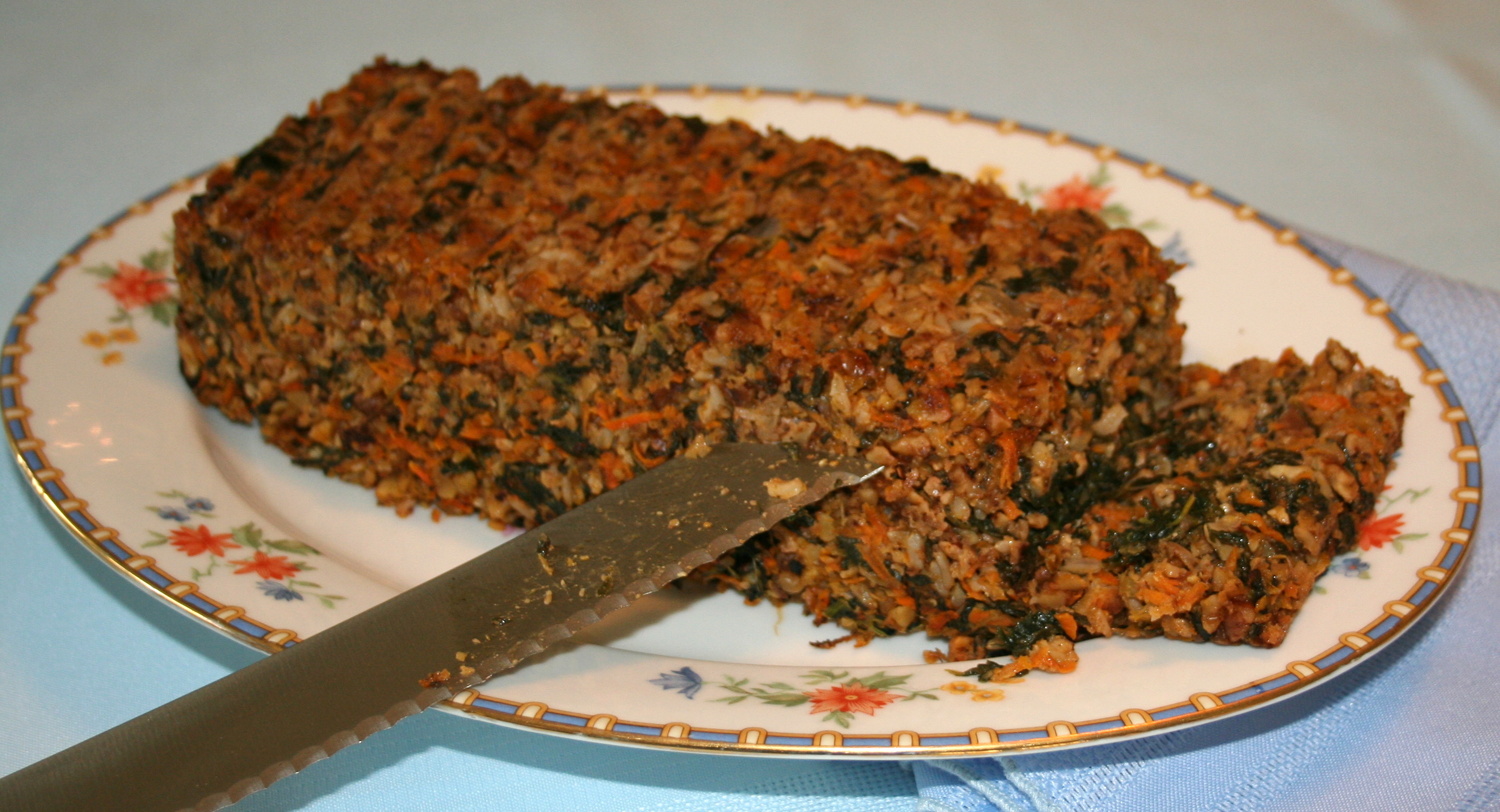 Meatless Meatloaf and Meatless Crumbles | Veggie Yogi