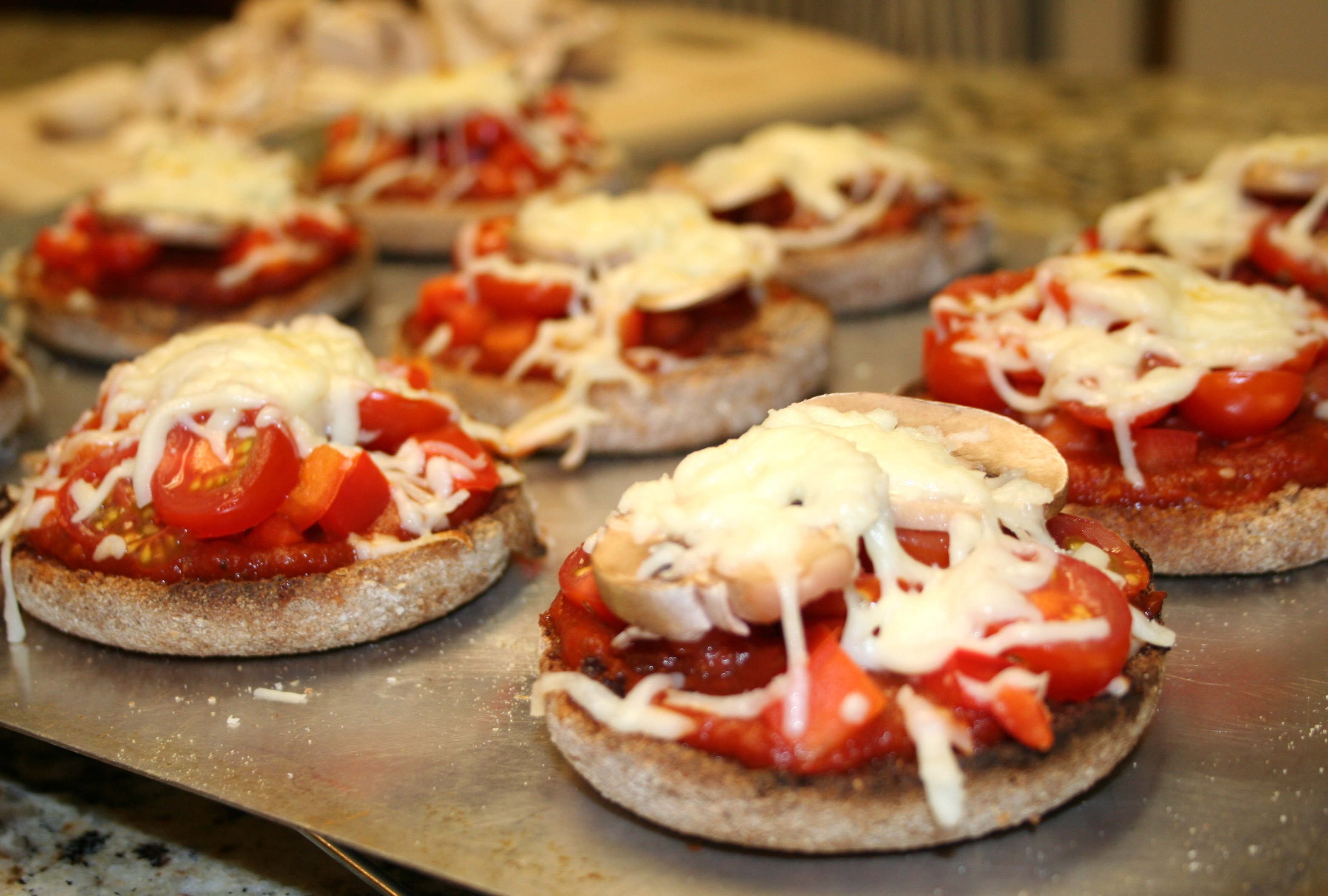 What to make when you dont feel like cooking english muffin place under broiler in oven or toaster oven until cheese is melted and toppings are warmed forumfinder Images